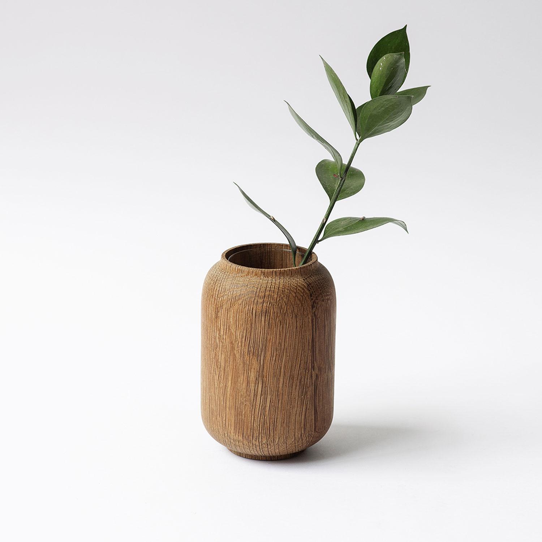 Anders-Nørgaard-oak-Poppy-Vase-dark