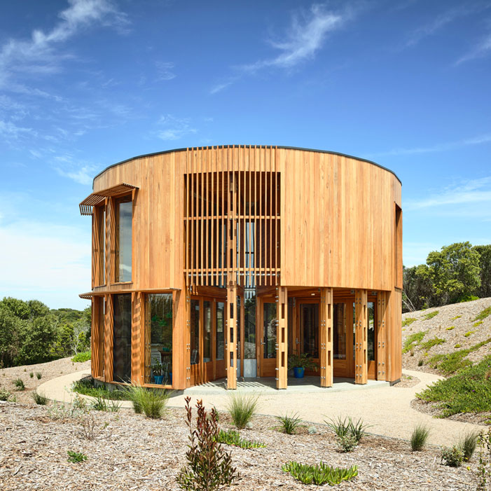 St-Andrews-Beach-House-maynardarchitects-front