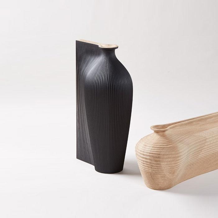 zaha-hadid-gareth-neal-digital-sculptural-wood-vessels-oak