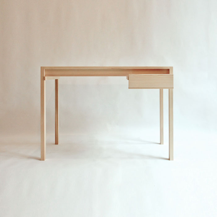 minimal-pine-wood-desk-with-glued-joints