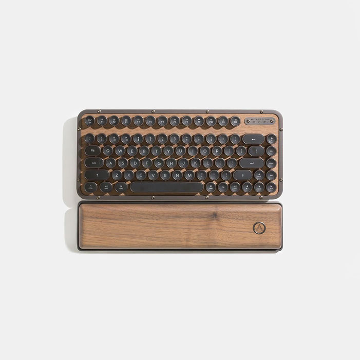wooden-mechanical-keyboard