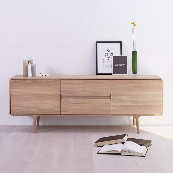 Fawn-sideboard-Salih-Teskeredzic-oak-wood