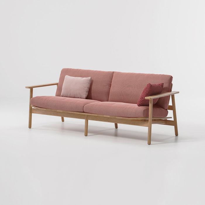 Jasper-Morrison-teak-wood-terrain-pink-fabrics-sofa1