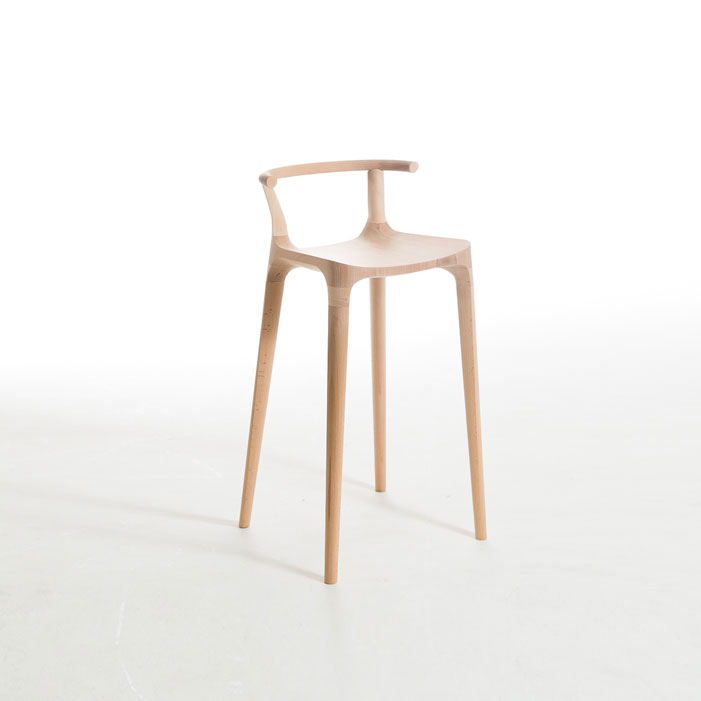Elka-Stool-beautiful-horn-stool-beech-wood